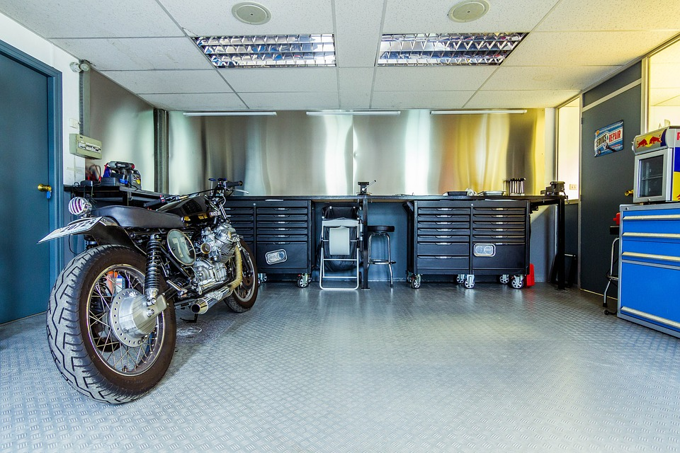 Kosten motor reparatie of onderhoud
